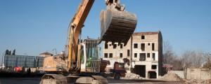 _derribos_48345be7 (Nuevos derribos de antiguas naves industriales en la avenida de Cataluña)