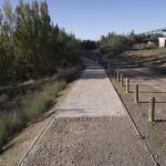 1 (Carril bici y camino destrozado en ribera del Rio Gallego)