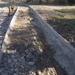 15 (Carril bici y camino destrozado en ribera del Rio Gallego)