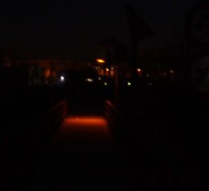 pasarela a oscuras